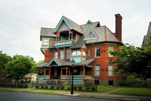 The Rowley House 707 West Fourth Street